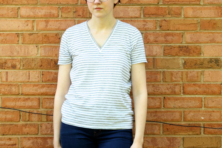 everlane oversized v-neck review
