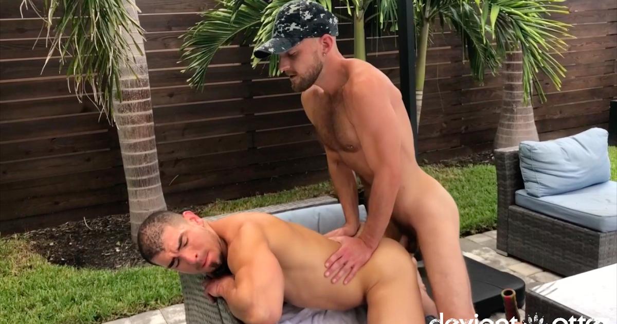 Deviant Otter Nude Guys Sex Pics