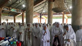 """""""Emak-Emak"""" Majlis Taklim Ini Ngikut Dukung Acep Jamhuri Jadi Cawabup"""