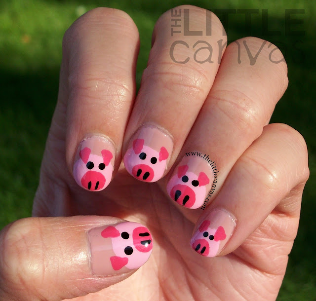 Oink Oink - Piggy Nail Art - Take 2 - The Little Canvas