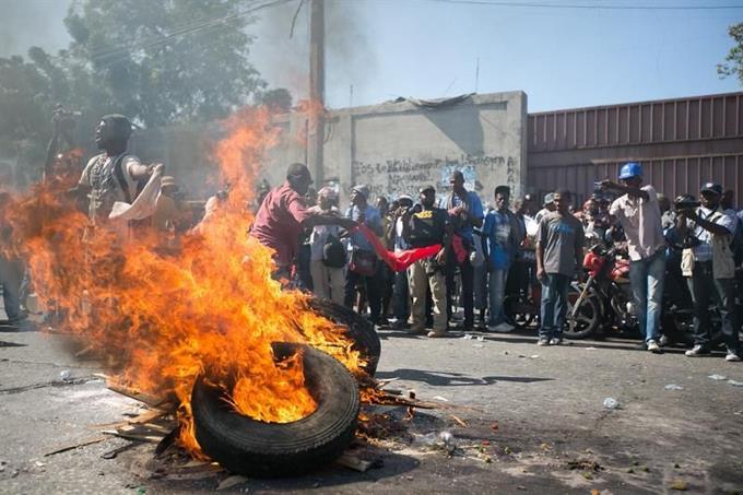 Seis muertos por enfrentamientos entre bandas en Puerto Príncipe