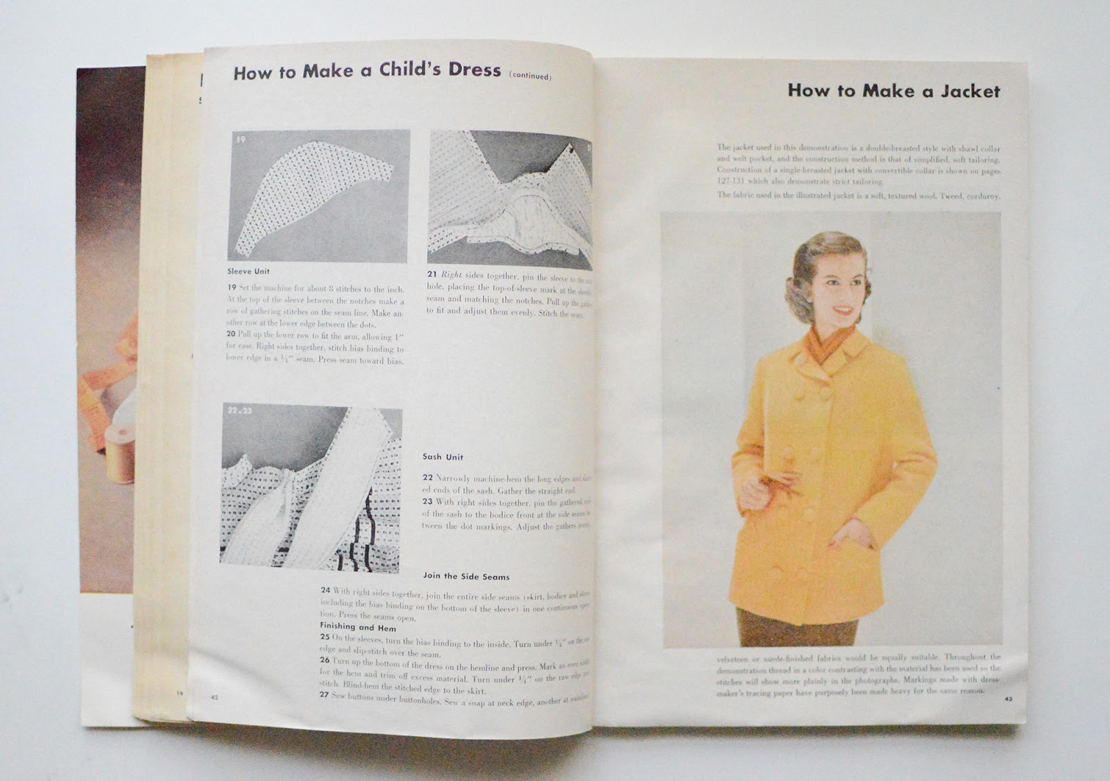 Allie Jackson: Simplicity Sewing Book 1958