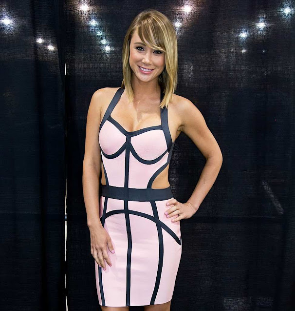 Sara Jean Underwood Fashion News Style Photoshoots