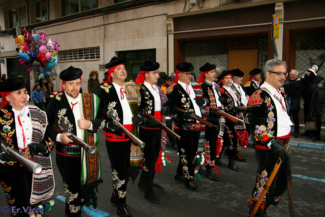 http://er-vieco.blogspot.com.es/p/moros-y-cristianos-elda.html