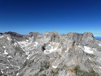 cumbre-urriellu-cima-naranjo-de-bulnes-picos-de-europa-enlacima