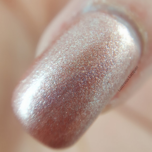 Rose-Gold-Shimmer-neutral-colored-nail-polish
