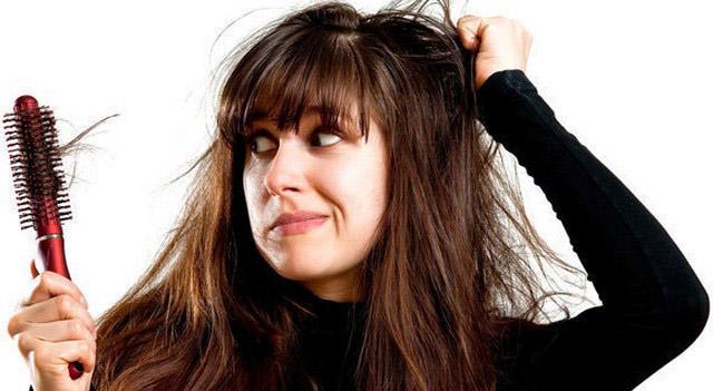 5 Cara Mengatasi Rambut Rontok Dengan Mudah Dan Murah