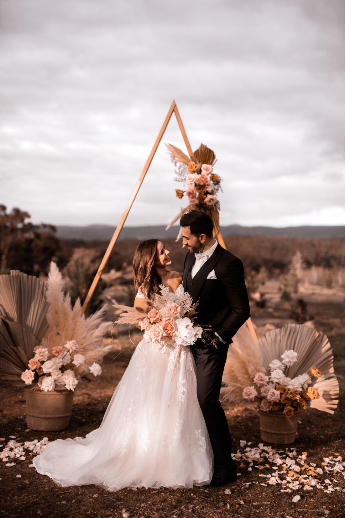 STYLED SHOOT: LUXE BOHEMIAN BLISS   ELOPEMENT WEDDING SHOOT ADELAIDE SA