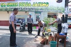 Peringati Hari Menanam Indonesia Polres Batang Melakukan Penghijauan Pohon
