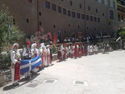 Με κάθε επισημότητα κάθε χρόνο γίνεται ο εορτασμός για  τη νικηφόρα Μάχη του Μεγάλου Σπηλαίου στα Καλάβρυτα