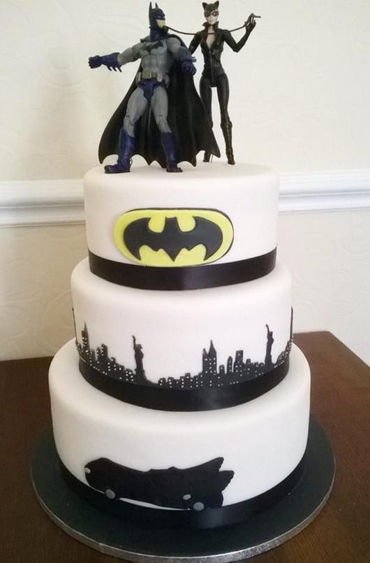 Batman Wedding Cake.Top 9 Batman Themed Wedding Cakes Wedding Celebration