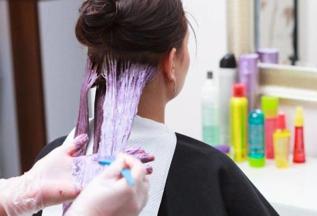 Merawat Rambut Kering Dengan Menghindari Mewarnai Rambut