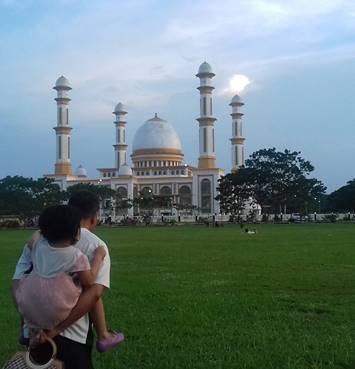 Sunset di Masjid Bakrie