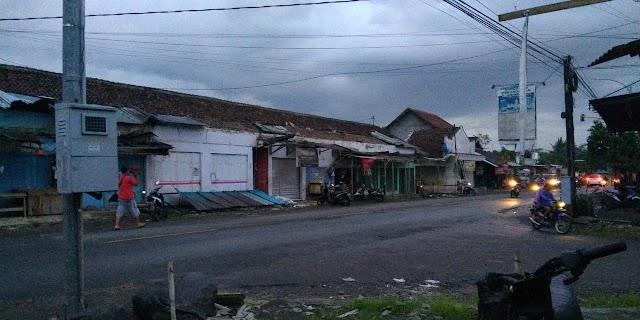 Angin Puting Beliung di Banyuwangi Akibatkan Sejumlah Rumah Rusak