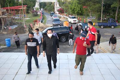 Antisipasi Penyebaran Covid - 19 Saat Libur Panjang, Pjs. Gubernur Sulut Agus Fatoni Sidak Penerapan Prokes di Lokasi Wisata