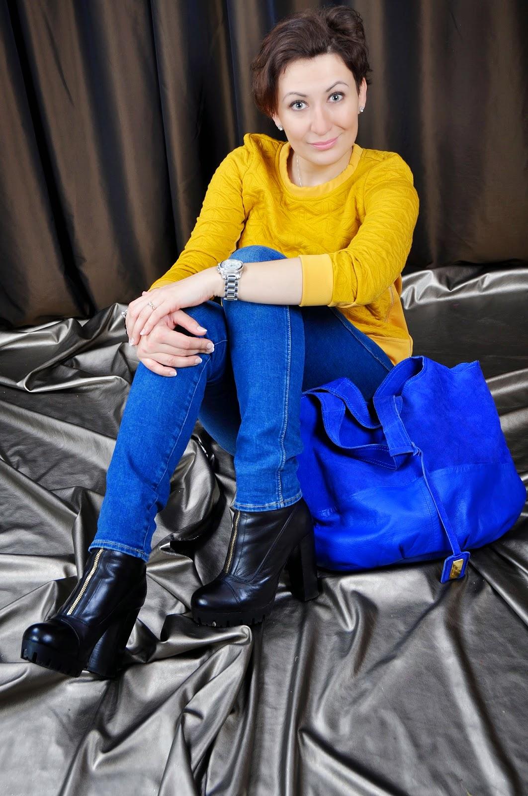 Fashion, moda, River Island Ankle Paltform Boots, Suede Bag, SheInside Coat, SheInside Sweatshirt, Stylizacja, Wrangler Jeans, blog modowy Puławy, Adriana Style Blog,