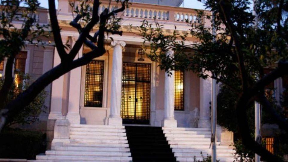 Η κυβέρνηση διαψεύδει την παράταση του lockdown μέχρι τις 25 Απριλίου
