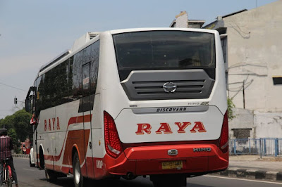 Foto Bus Raya Samping Kiri Belakang AD 1574 AR