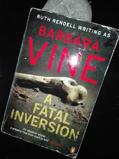 """Analiza społeczna z trupem w tle / """"A Fatal Inversion"""" - Barbara Vine  (Ruth Rendell)"""