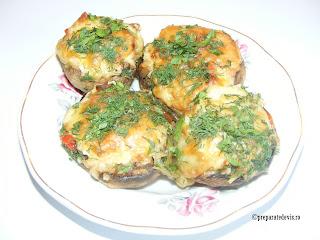 Retete cu ciuperci reteta ciuperci umplute la cuptor,