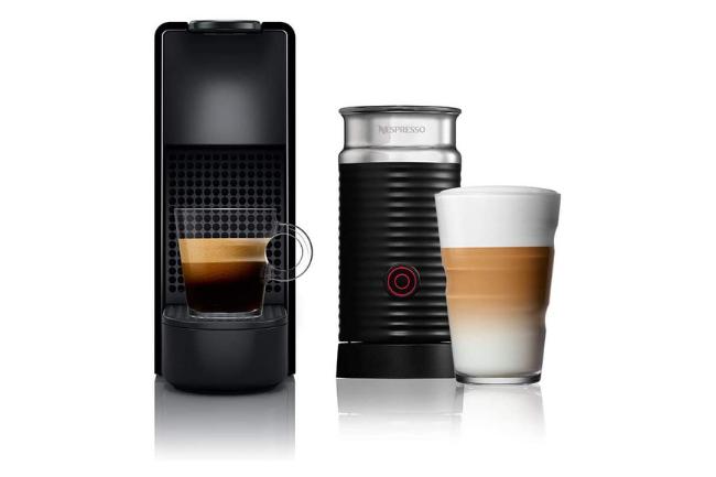 Nespresso Essenza Mini Combo Preta Aeroccino