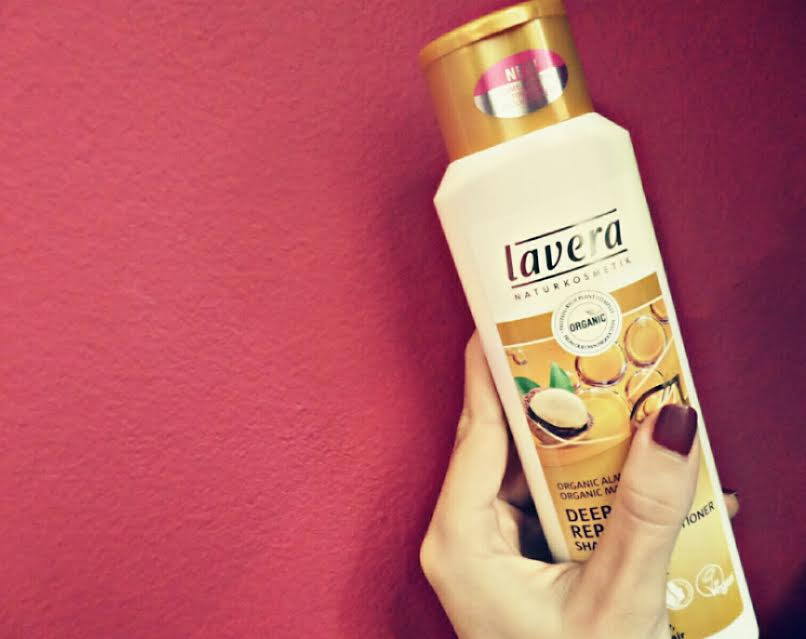 lavera_macadamia_shampoo_and_conditioner