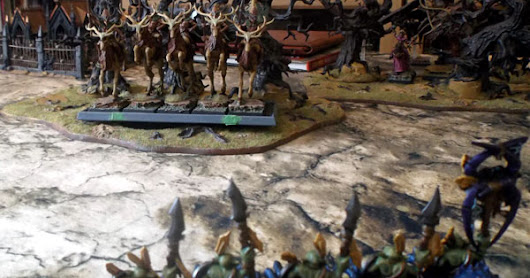 Warhammer Orcs against Wood Elves