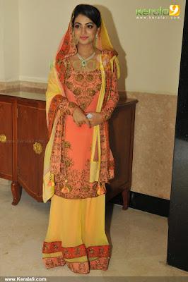 nazriya-nazim-fahad-engagement