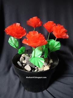Cara membuat bunga dari plastik kresek bekas