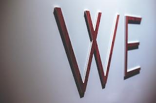 من نحن