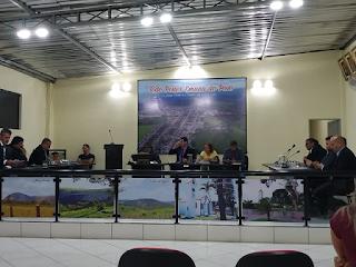 Itiruçu: Câmara aprova por unanimidade piso do magistério