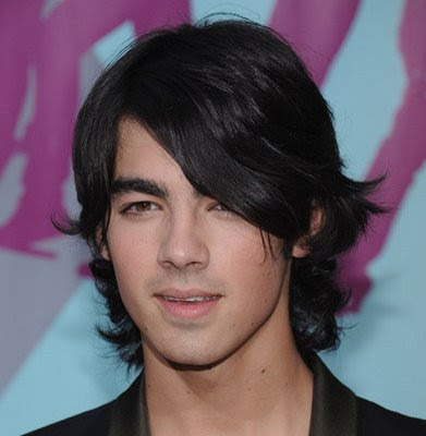 JOE JONAS COOL HAIRSTYLES