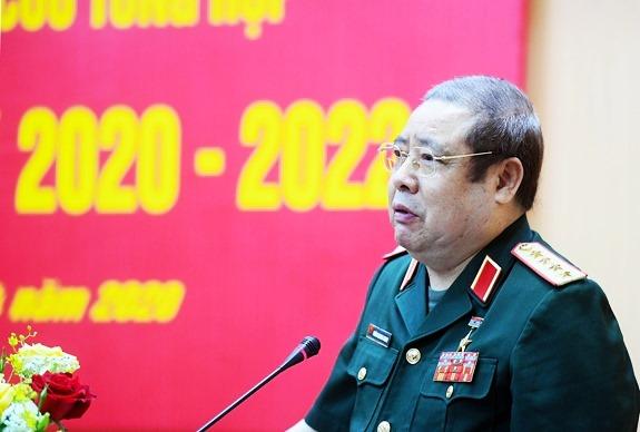 Nguyên Bộ trưởng quốc phòng Phùng Quang Thanh xuất hiện với căn bệnh ung thư
