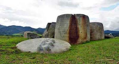 kalamba bada valley indonesia megaliths