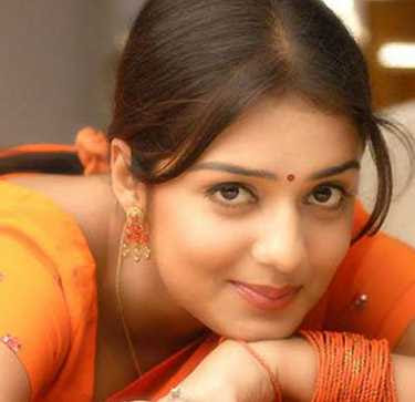 Nikita Thukral Wiki, Height, Weight, Age, Husband, Family and Biography