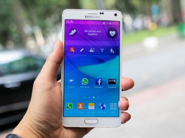 Samsung Note 3 khi được thay kính tại Maxmobile