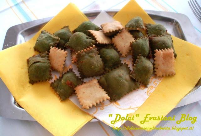 Raviolini o Tortelli fritti ripieni di patate del Casentino