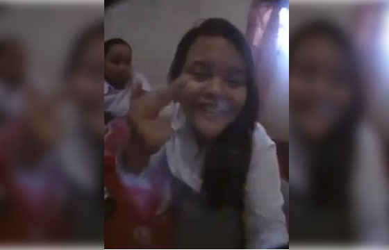 Video Gadis SMA Ini Jadi Viral