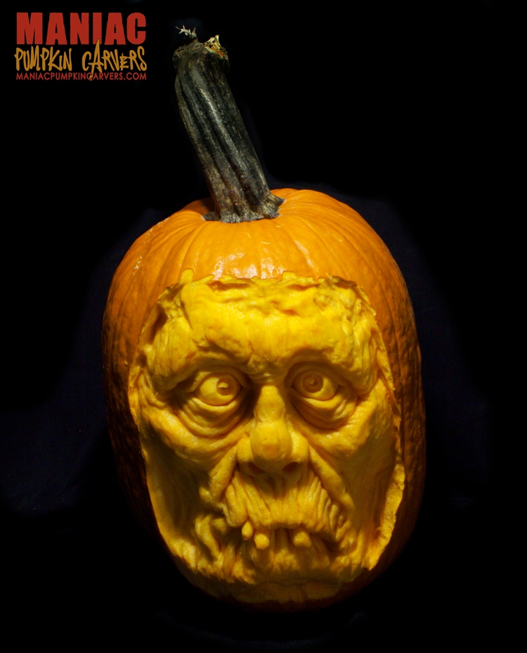 20-Zombie-Maniac-Pumpkin-Carvers-Introduce-Halloween-www-designstack-co