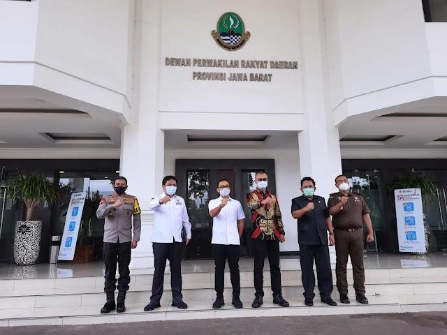 Sosialisasikan  Kode Etik dan Tata Beracara Mahkamah,  MKD DPR RI Sambangi DPRD Jabar