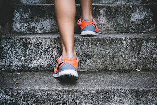 5 Ways To Keep Your Legs Healthy