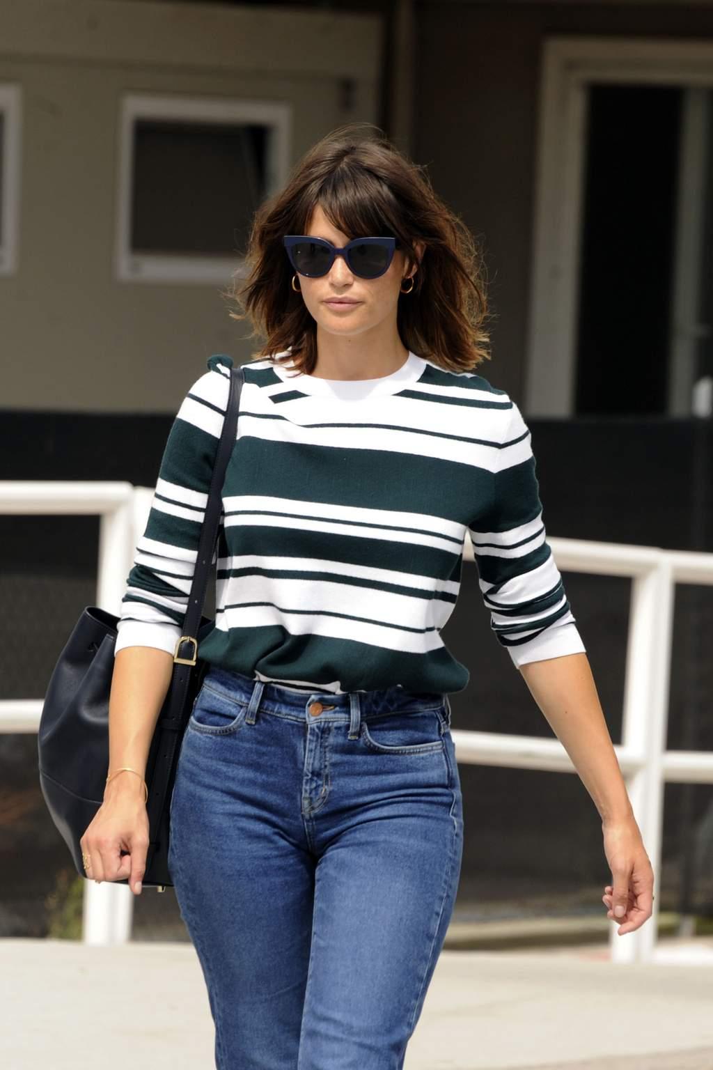 Gemma Arterton – Arriving for the Venice Film Festival HQ Photos