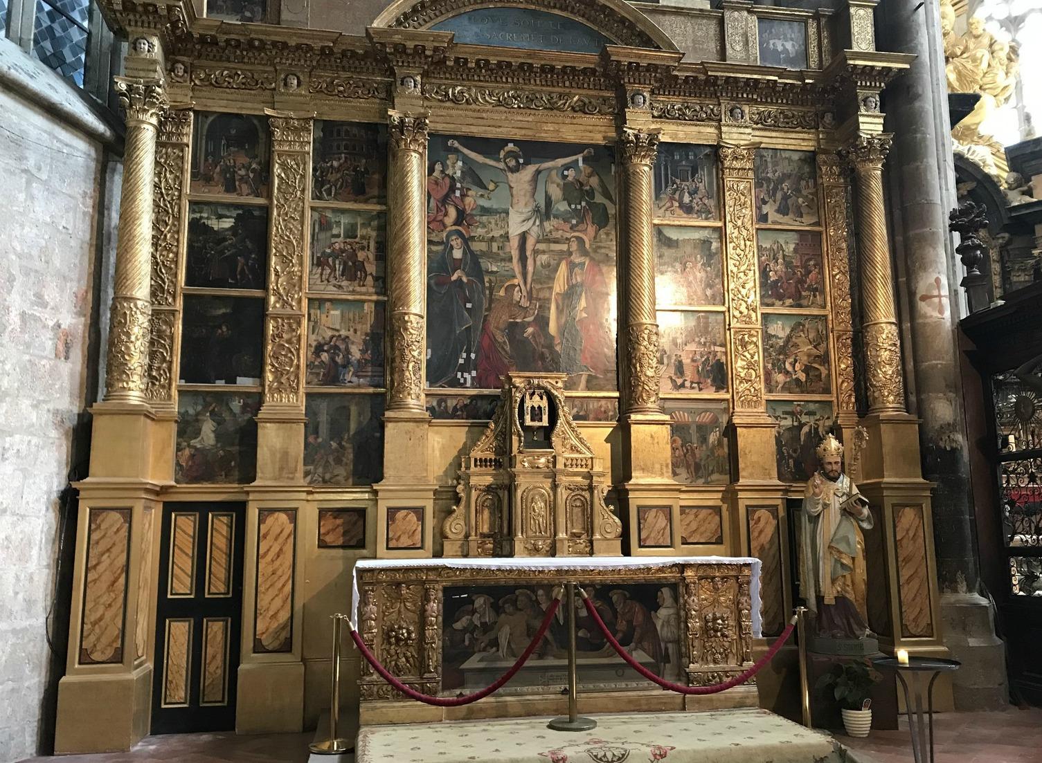 Inside Basilica St-Maximin