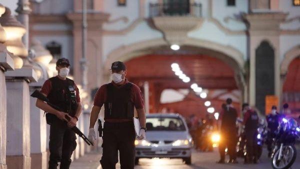 Argentina confirma caso de contagio comunitario de Covid-19