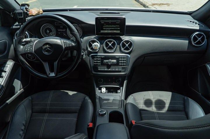 Mercedes A200 giá ngang ngửa Toyota Yaris mới tại Việt Nam