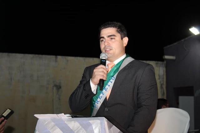 Elesbão Veloso: Rafael Barbosa assume prefeitura e traça metas iniciais, elegendo educação e saúde como prioridades.