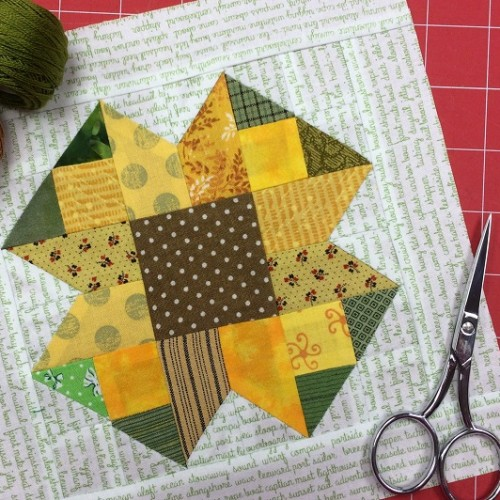 Scrappy Sunflower Block - Quilting Tutorial