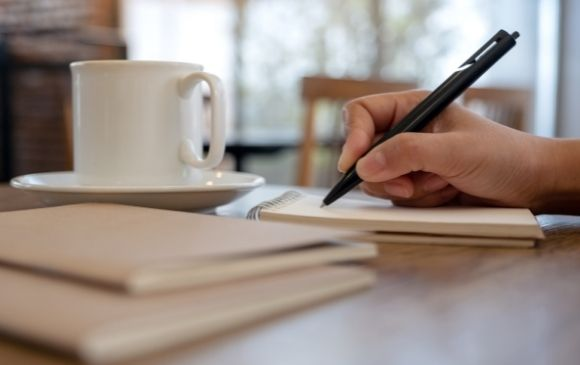 menulis dan kopi