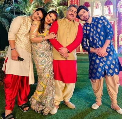 Jeevansh Chadha with Ayub Khan, Deepshika Nagpal and Karan Khandelwal