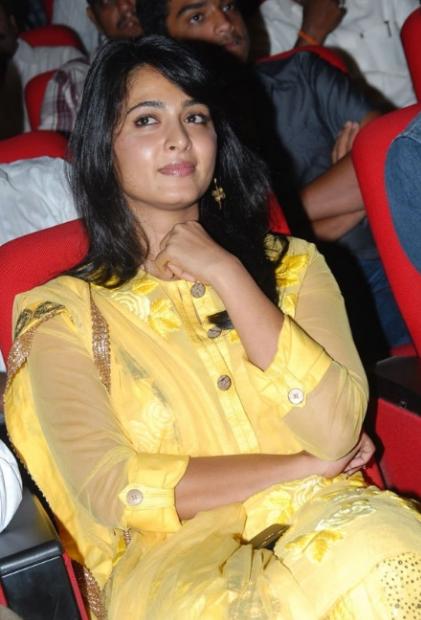 anushka shetty in yellow dress